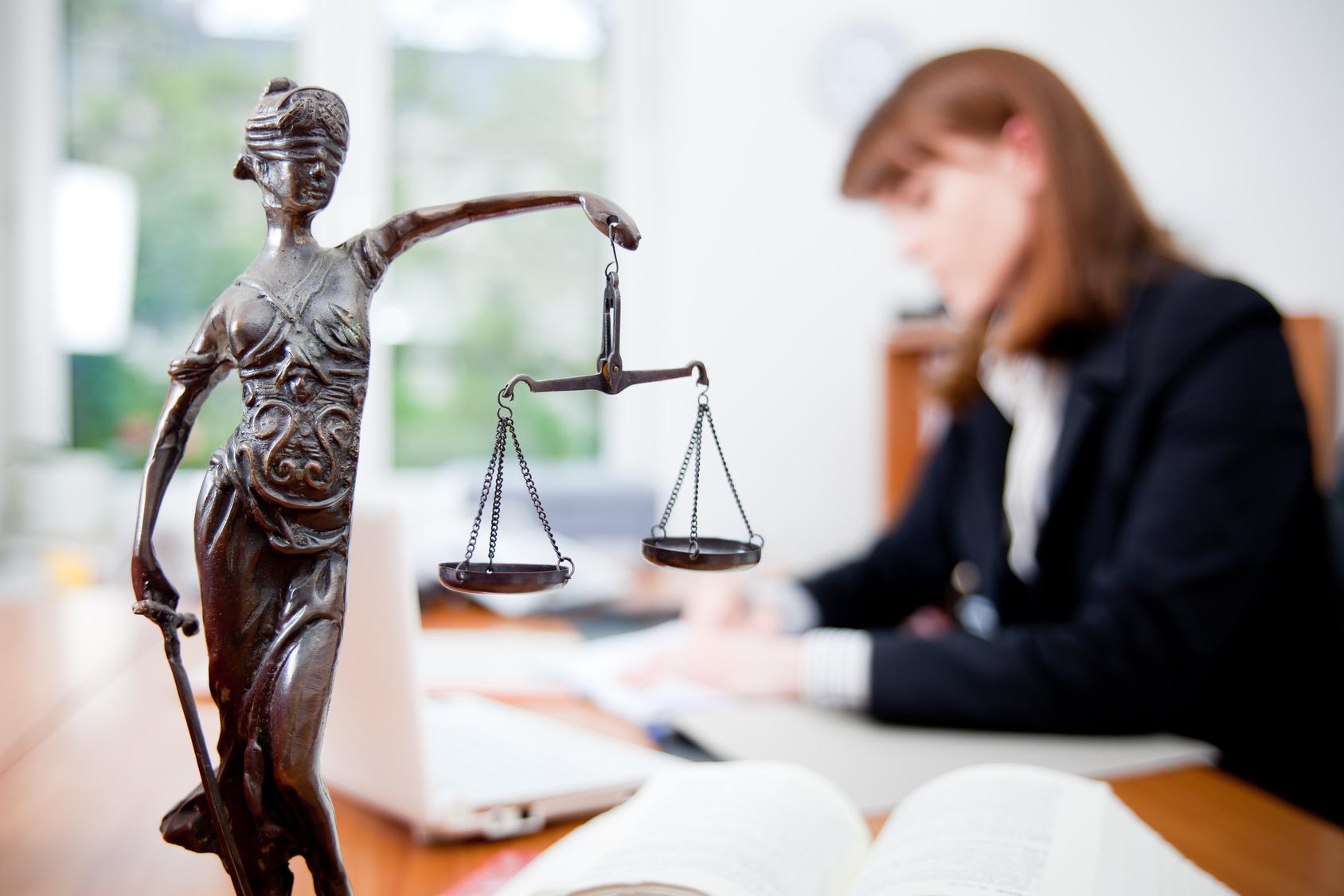 Картинки по запросу юрист